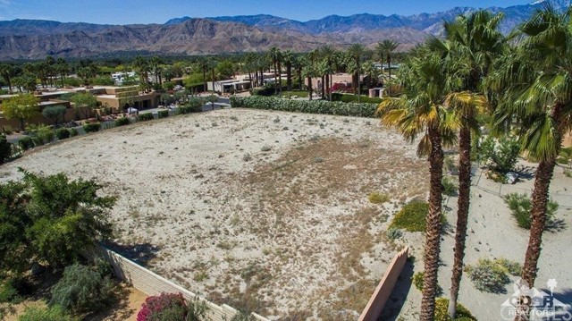 Photo of home for sale at Judd Terrace, Rancho Mirage CA