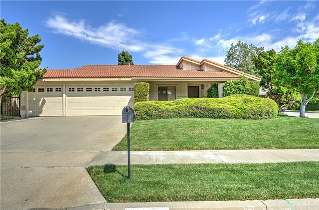 Photo of 1800 Fairford Drive, Fullerton, CA 92833