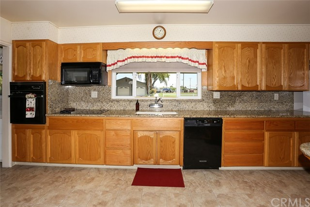 1217 N Tina Avenue Merced, CA 95341 - MLS #: MC17139030