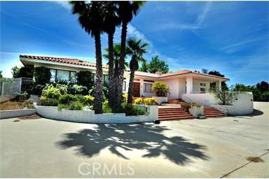41085 Avenida La Cresta  Murrieta CA 92562