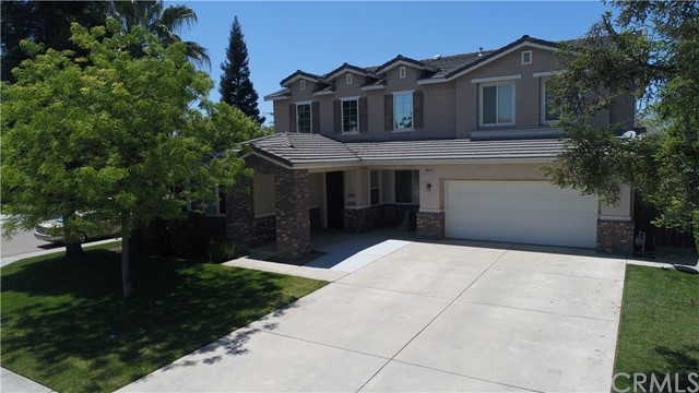 Detail Gallery Image 1 of 22 For 2851 15th Ct, Kingsburg,  CA 93631 - 5 Beds | 3/1 Baths