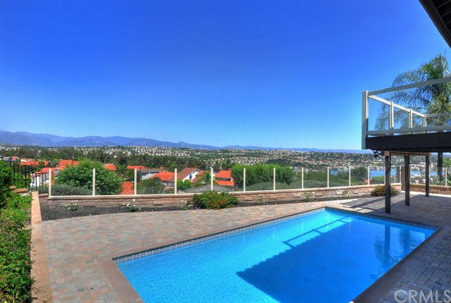 22522 Canaveras Mission Viejo, CA 92691 is listed for sale as MLS Listing OC17158242
