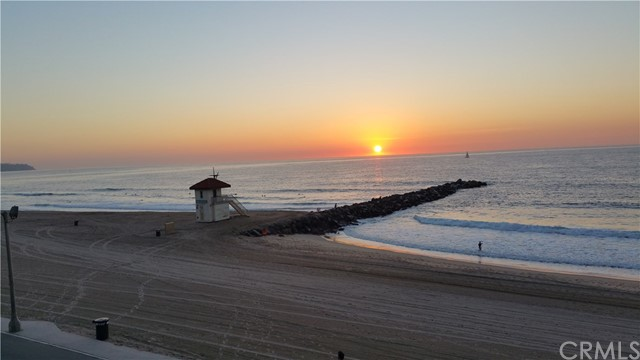 615 ESPLANADE Unit 202 Redondo Beach, CA 90277 - MLS #: SB18009551