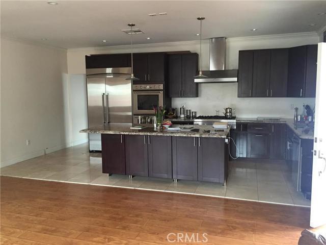 Single Family Home for Sale at 10015 Silverton Avenue Tujunga, California 91042 United States