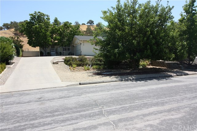2100 Equestrian Road Paso Robles, CA 93446 - MLS #: NS18175650