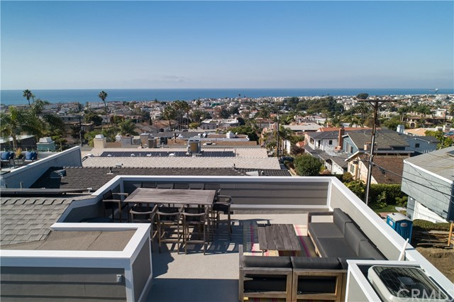 669 Longfellow Hermosa Beach CA 90254
