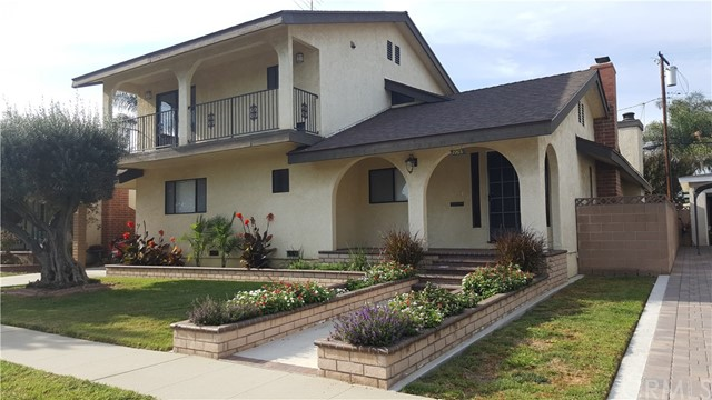 Single Family Home for Sale at 2265 Canehill Avenue 2265 Canehill Avenue Long Beach, California 90815 United States