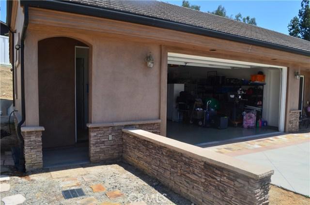 5519 Highland Avenue, Yorba Linda CA: http://media.crmls.org/medias/d369e0d1-34e1-4b82-8e87-8463522c4003.jpg