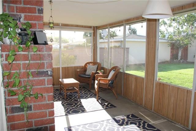 423 W Leeside Street, Glendora CA: http://media.crmls.org/medias/d36a2a76-6422-45d3-bf31-7e62893da5d0.jpg