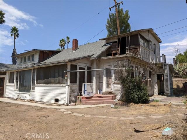 101 W La Cadena Dr, Riverside CA: http://media.crmls.org/medias/d36eac30-ccc8-4bac-99e9-12132533c3d3.jpg