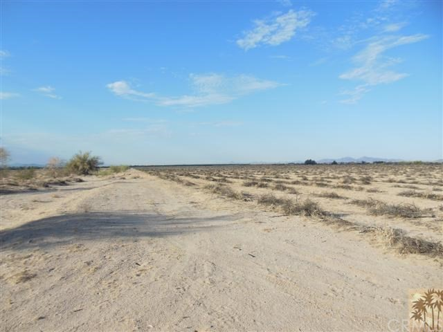 Single Family for Sale at bBythe Blythe, California 92225 United States