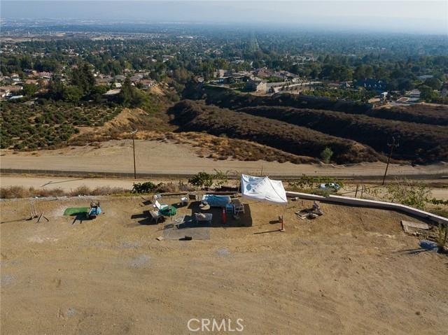 19 E 26th Street, Upland CA: http://media.crmls.org/medias/d38b1999-110e-4a63-985c-cd0b3081c467.jpg