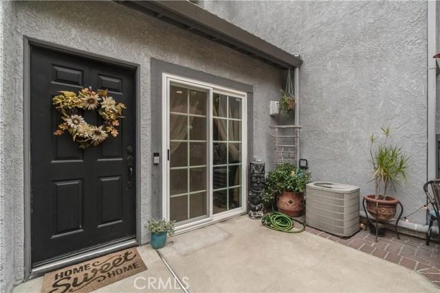 8288 Mondavi Place, Rancho Cucamonga CA: http://media.crmls.org/medias/d38da1a4-f175-4928-acfb-09c34c1b6163.jpg