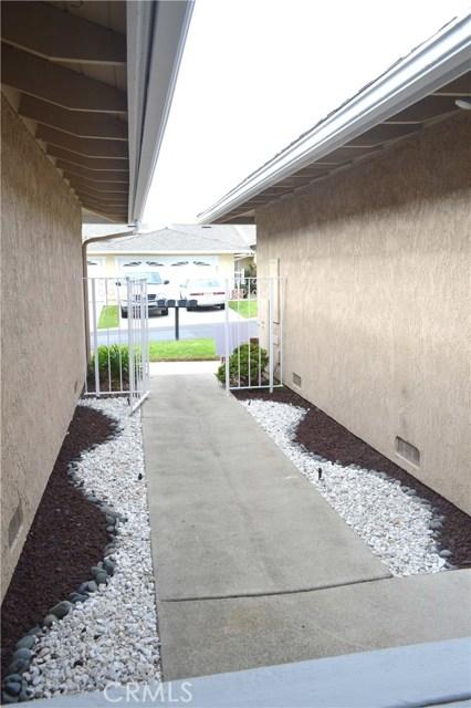 604 Via Pavon, San Clemente CA: http://media.crmls.org/medias/d391b75d-42c7-4c06-bcef-f7fa72d7b92e.jpg