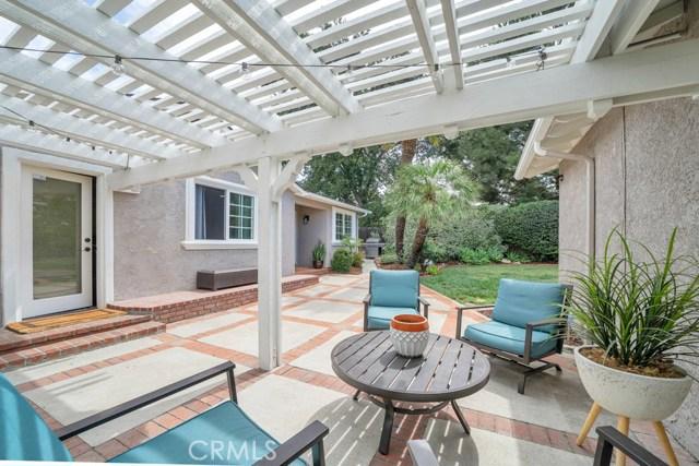 3936 Florac Avenue, Claremont CA: http://media.crmls.org/medias/d3985838-b38b-4b62-b011-46a3f6066711.jpg