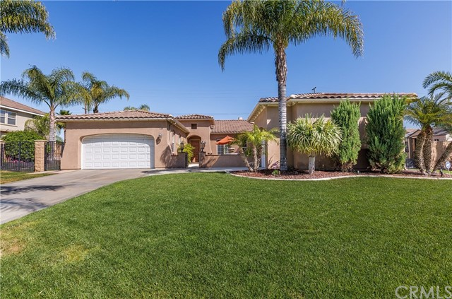 Single Family Home for Sale at 1149 Pamplona Drive Riverside, California 92508 United States