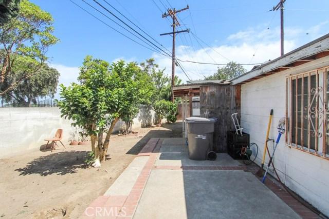 1838 S Artesia Street, Santa Ana CA: http://media.crmls.org/medias/d39f350e-67c3-4f63-9f68-5c513882e84f.jpg