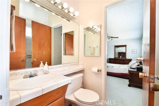 6209 Hungerford Street, Lakewood CA: http://media.crmls.org/medias/d3a48244-5290-42ce-8796-4c1c56ffb0db.jpg