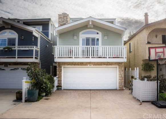 Single Family Home for Sale at 364 Melrose Drive Oxnard, California 93035 United States