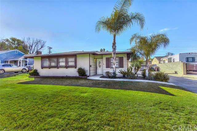 5572 Fargo Road Riverside, CA 92506 is listed for sale as MLS Listing OC16032408