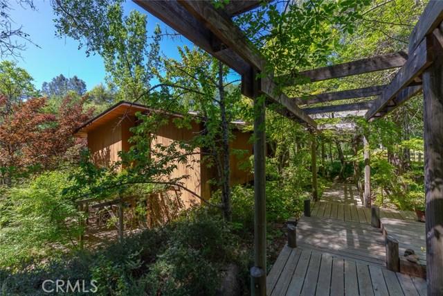 4040 Amelia Drive, Mariposa CA: http://media.crmls.org/medias/d3ad7908-b936-4731-a049-8eece016ba76.jpg