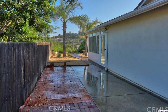 17622 Arvida Drive, Granada Hills CA: http://media.crmls.org/medias/d3b30de8-50ed-4b75-9060-eba2cbdc94df.jpg
