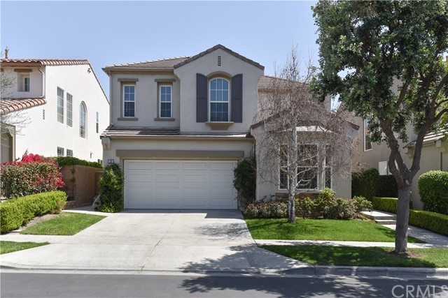 20 Larchwood, Irvine CA 92602