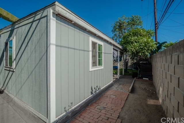 12036 165th Street, Los Angeles, California 90650, 3 Bedrooms Bedrooms, ,1 BathroomBathrooms,Single family residence,For sale,165th,DW20239526