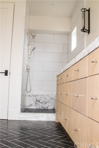 d3d5ee67-deb1-4723-8080-9cee3428b7bf 719 Orchid Avenue, Corona del Mar, CA 92625 <span style='background-color:transparent;padding:0px;'><small><i> </i></small></span>