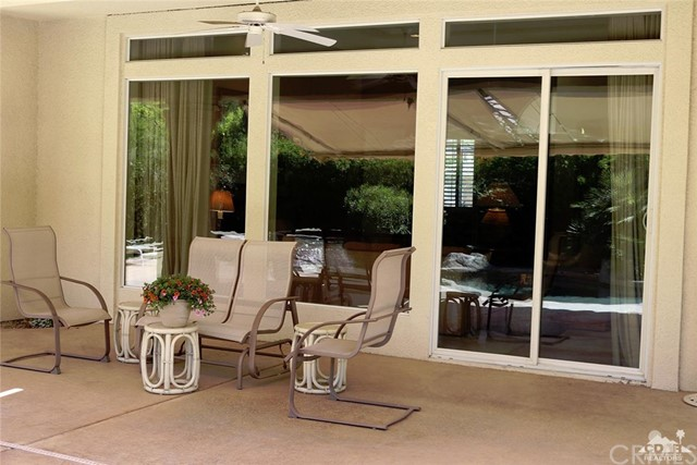 5 Varsity Circle, Rancho Mirage CA: http://media.crmls.org/medias/d3ecd6de-1092-4a78-8eb5-9ea68821dfb5.jpg