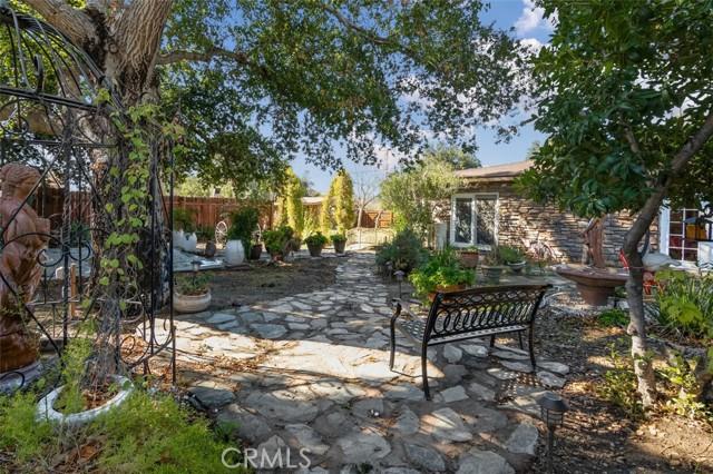 24421 Jefferson Avenue, Murrieta CA: http://media.crmls.org/medias/d3ee81f2-caa7-4257-b74d-8b7b1884be56.jpg