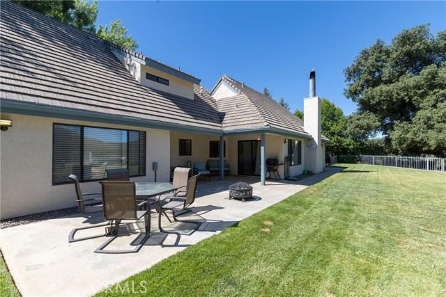 13086 Oak Crest Drive, Yucaipa CA: http://media.crmls.org/medias/d3efc4da-be29-403b-ba96-4a5b014a0177.jpg