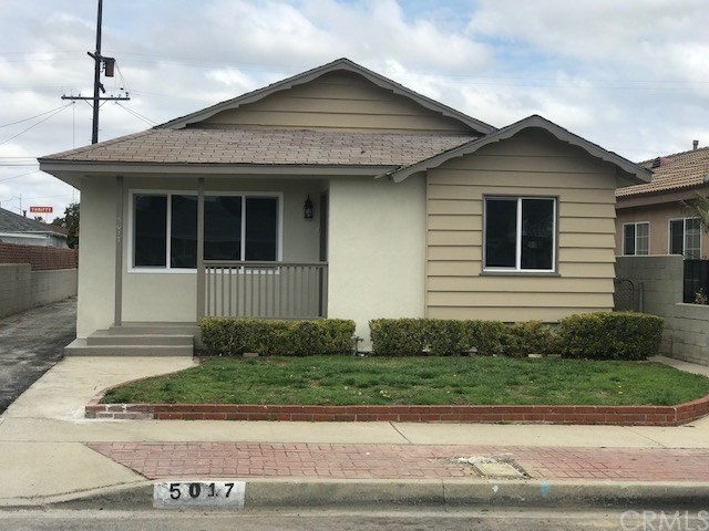 5017 W 134th Street, Hawthorne CA: http://media.crmls.org/medias/d3f0f51d-f1f1-45bf-bc8a-b150b2d741c1.jpg