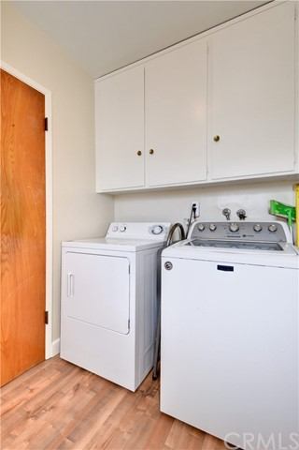 6209 Hungerford Street, Lakewood CA: http://media.crmls.org/medias/d3f5e7d7-66d8-4609-9d7a-a92b869d9fe8.jpg