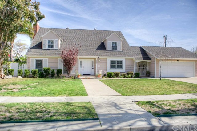 Single Family Home for Sale at 2239 Rosewood Avenue N Santa Ana, California 92706 United States