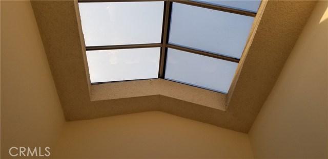 5686 Los Angeles E, Simi Valley CA: http://media.crmls.org/medias/d4147198-ada2-4544-a892-1d191012f1f8.jpg