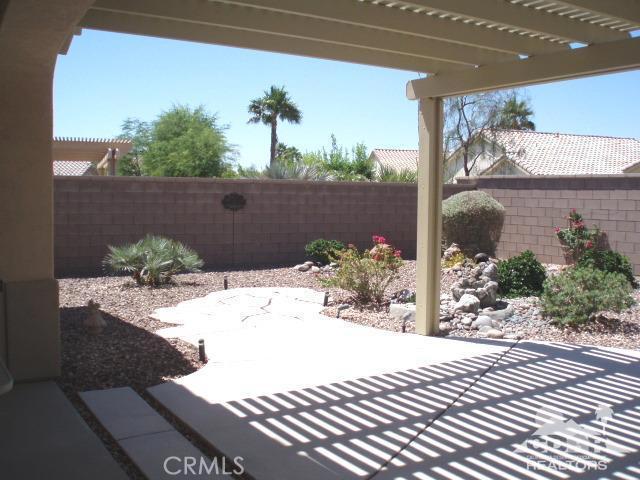 35225 Staccato Street, Palm Desert CA: http://media.crmls.org/medias/d42325a3-986d-46c5-85d7-6a52660e61f8.jpg