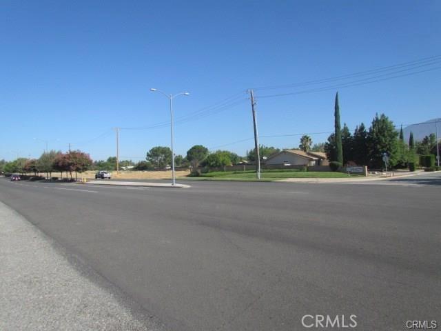 5160 W Ramsey Street, Banning CA: http://media.crmls.org/medias/d4365c6a-adae-4ca1-8f9b-48c7d0f60a5a.jpg