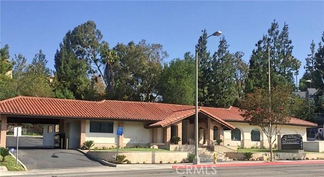 1441 N Brea Boulevard, Fullerton CA: http://media.crmls.org/medias/d4371ba9-f411-4a70-9908-8c82f06971eb.jpg