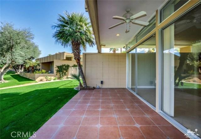 72783 El Paseo, Palm Desert CA: http://media.crmls.org/medias/d43856b4-43fb-46f2-b99b-4cc64eefe5f9.jpg