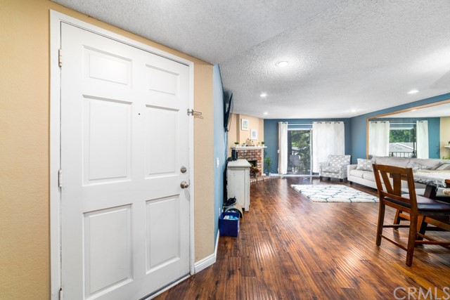 1690 Bridgeport, Los Angeles, California 91791, 3 Bedrooms Bedrooms, ,2 BathroomsBathrooms,Condominium,For sale,Bridgeport,TR20193143
