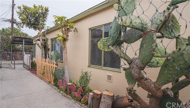 12111 Washington Pl, Los Angeles, CA 90066 photo 2