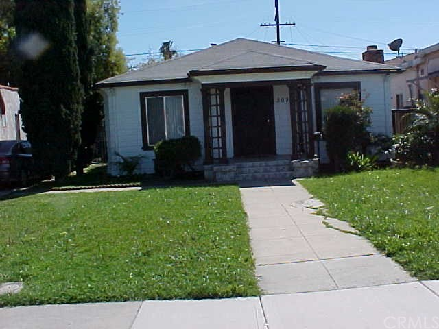Single Family Home for Sale at 3028 Walnut Street Huntington Park, California 90255 United States