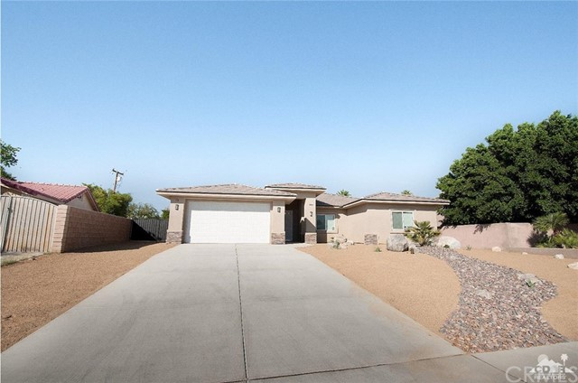 Photo of home for sale at 68180 Bella Vista Road, Cathedral City CA