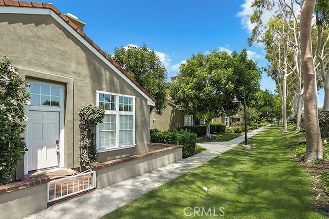 53 Dartmouth 49, Irvine, CA 92612