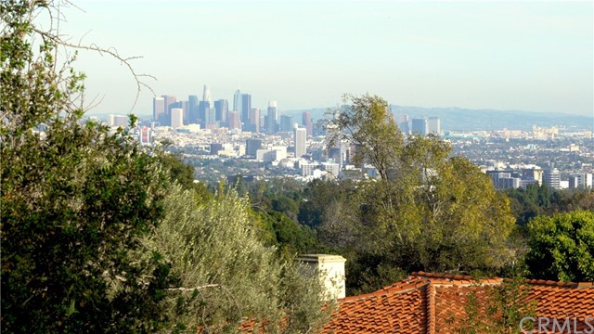 655 Funchal Rd, Los Angeles, CA 90077 Photo 10