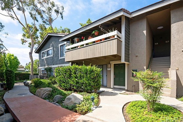 336 Streamwood, Irvine, CA 92620 Photo