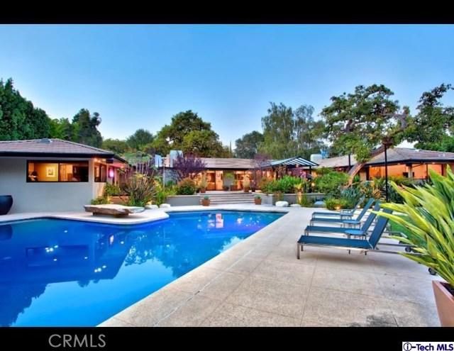 Single Family Home for Sale at 1380 El Mirador Drive Pasadena, California 91103 United States