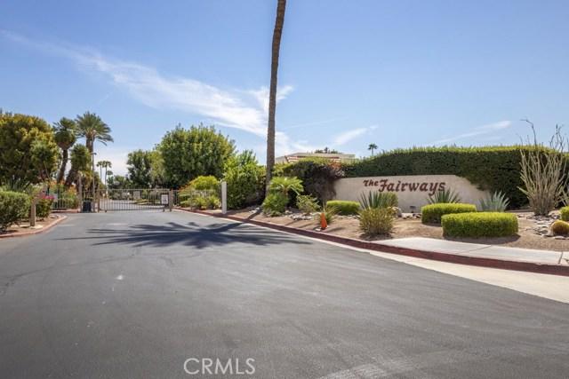 1712 Fairway Circle, Palm Springs CA: http://media.crmls.org/medias/d4abd6fb-0754-4129-8d8c-5a325c9cf160.jpg
