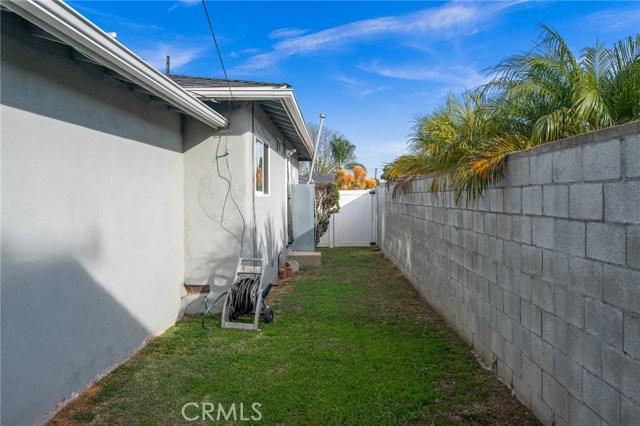 21137 Halldale Avenue, Torrance CA: http://media.crmls.org/medias/d4adcb5c-6933-4dea-aec6-cdc1d9576024.jpg